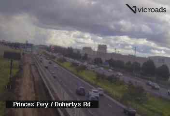 Webcam at Princes Fwy at Dohertys Rd Laverton North