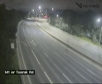 Webcam at M1 Monash Fwy at Toorak Rd Kooyong