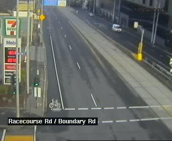 Webcam at Racecourse Rd at Boundary Rd North Melbourne